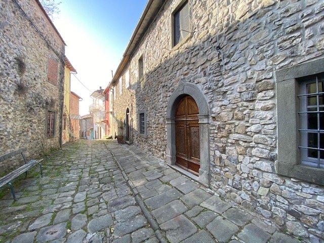 I vicoli del Borgo Medievale di Vico Pancellorum