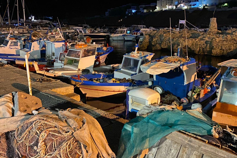 Il porticciolo di Marettimo di notte nel nostro viaggio Sicilia On The Road