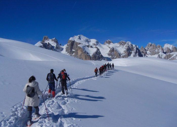 Trekking nelle Dolomiti con le ciaspole di Maldavventura