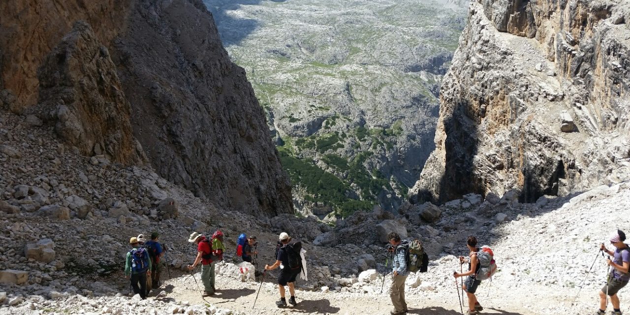 Trekking Alta Via 1 in Dolomiti di Maldavventura
